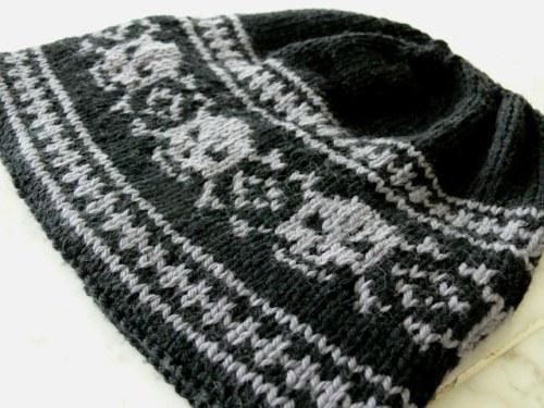 Knitted Skull Hat Pattern : free skull hat knitting pattern Sorella & Company